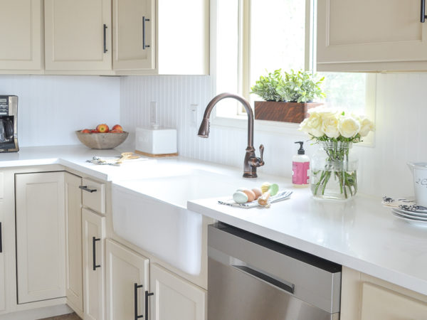 Fireclay Farmhouse Sink Review: The good, bad & everything you need to know