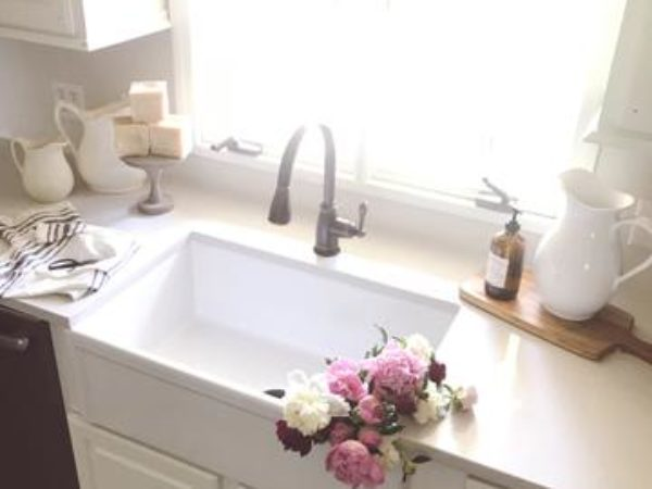 Kitchen-reveal-renovation-fireclay-farmhouse