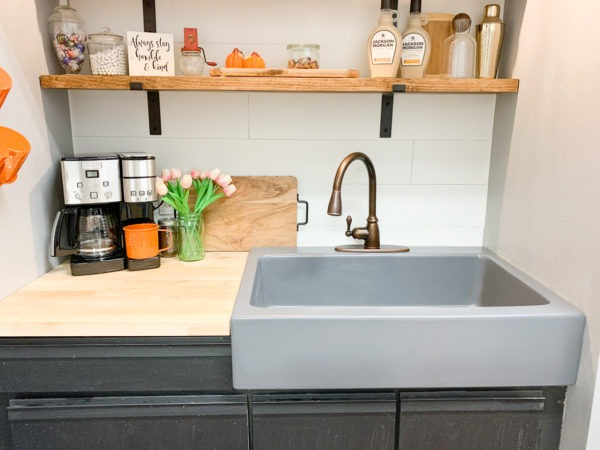 Add Color to Your Kitchen with the VIBE Collection of Colored Fireclay Sinks