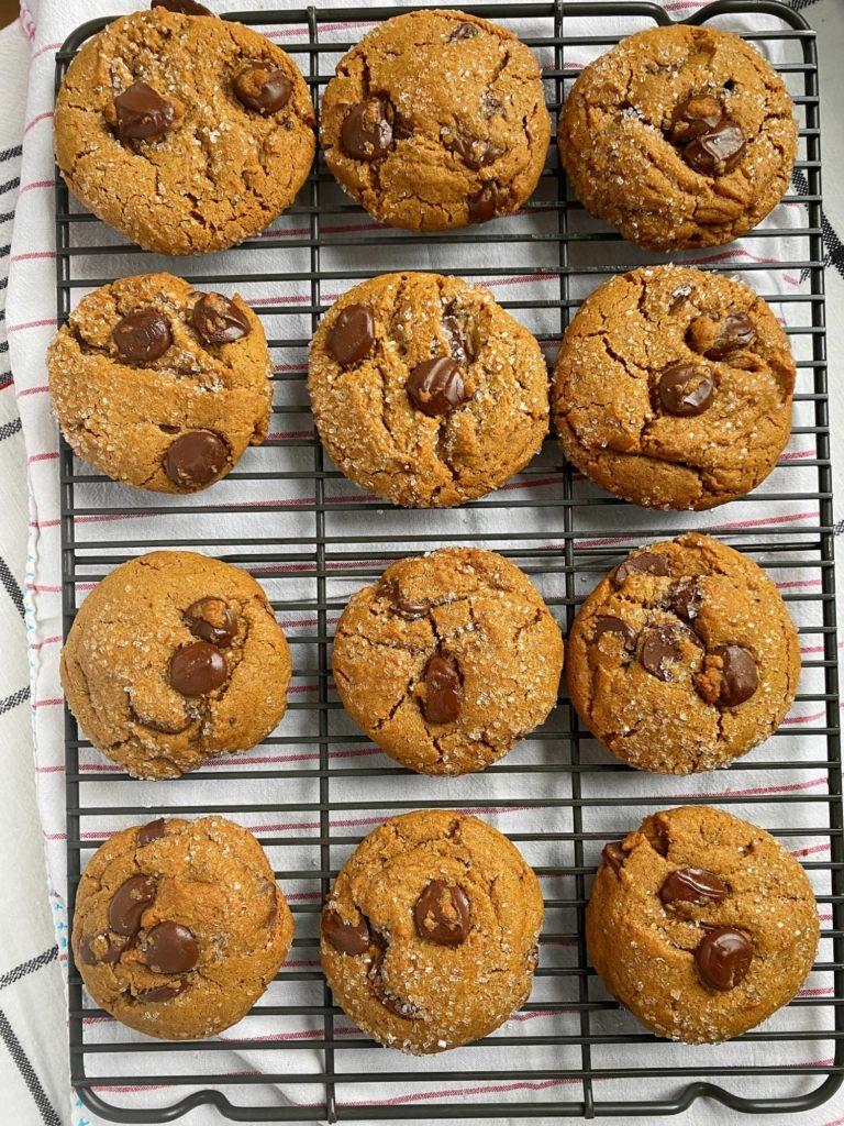 12 cookies on rack
